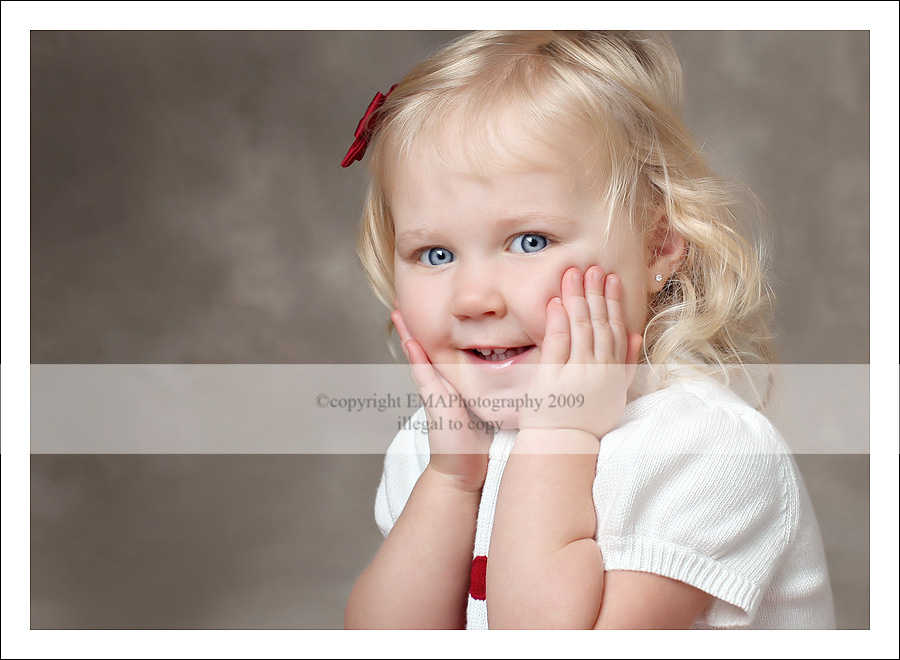 NJ Children's Photographer, NJ Photographer, New Jersey Photography, Holiday Portraits, Santa Clause,  Holiday 2009,  Holiday Photos